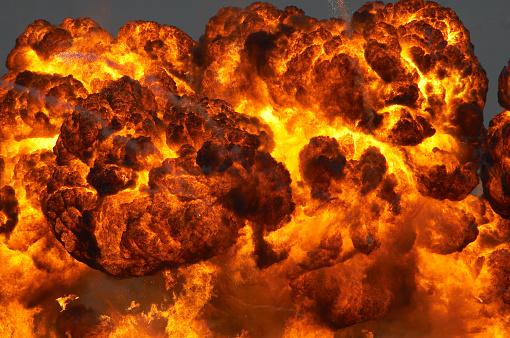 Bomb「Fireball」:スマホ壁紙(2)