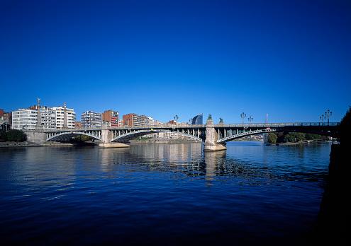 Belgium「Pont de Fragnee Bridge in Liege」:スマホ壁紙(0)