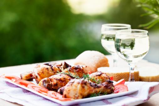 Barbecue Chicken「chicken leg wine summer picnic」:スマホ壁紙(16)