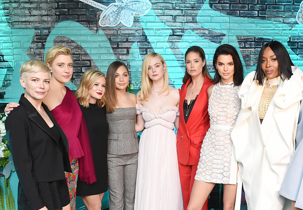 Elle Fanning「Tiffany & Co. Paper Flowers Event And Believe In Dreams Campaign Launch」:写真・画像(1)[壁紙.com]