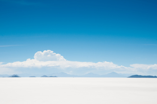 Surreal「Salar de Uyuni, Bolivia」:スマホ壁紙(19)
