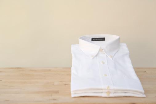 Laundry「Stacks of white shirts」:スマホ壁紙(1)