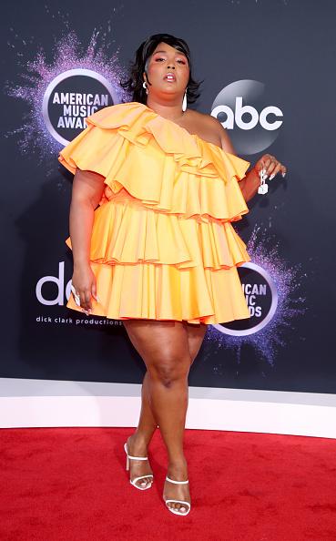 Baby Doll Dress「2019 American Music Awards - Arrivals」:写真・画像(16)[壁紙.com]