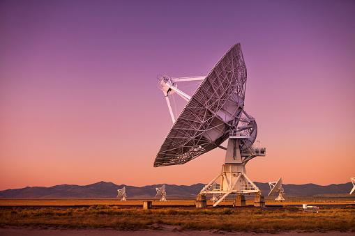Listening「Space observatory signal search」:スマホ壁紙(6)