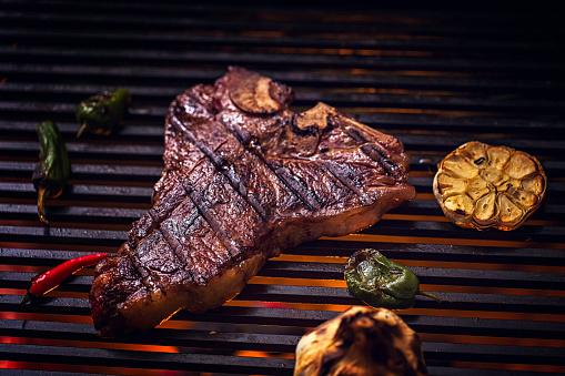Porterhouse Steak「Roasted BBQ T-Bone Steak」:スマホ壁紙(0)