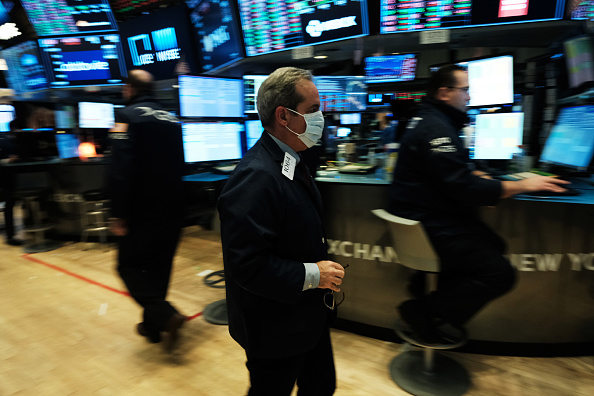New York Stock Exchange「NYSE Closes Trading Floor, Moves To Fully Electronic Trading Amid Coronavirus Pandemic」:写真・画像(14)[壁紙.com]