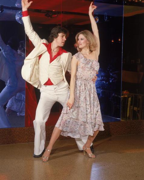 Nightclub「Couple disco dancing」:写真・画像(9)[壁紙.com]