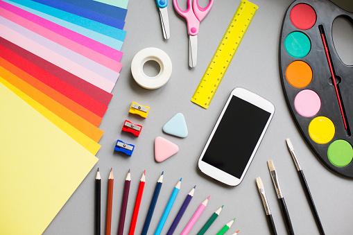 Mobile Phone「Multi colored school supplies」:スマホ壁紙(10)