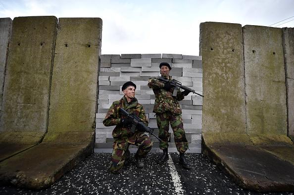 British Military「Brexit Protest At Irish Border」:写真・画像(17)[壁紙.com]
