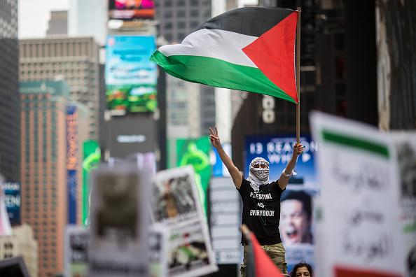 パレスチナ「Activists Rally In Support Of Palestinians In Wake Of Recent Shooting Deaths By Israel In Gaza」:写真・画像(1)[壁紙.com]