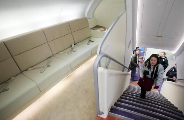 Passenger Cabin「Airbus Lands New A380 Plane At JFK Airport」:写真・画像(11)[壁紙.com]