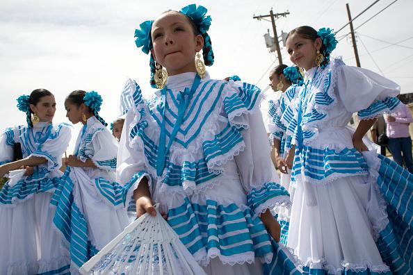 Rick Scibelli「Mexican-Americans Celebrate Cinco De Mayo」:写真・画像(7)[壁紙.com]