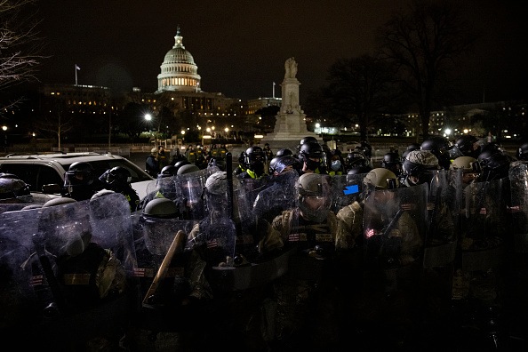 """Capitol Hill「Trump Supporters Hold """"Stop The Steal"""" Rally In DC Amid Ratification Of Presidential Election」:写真・画像(13)[壁紙.com]"""