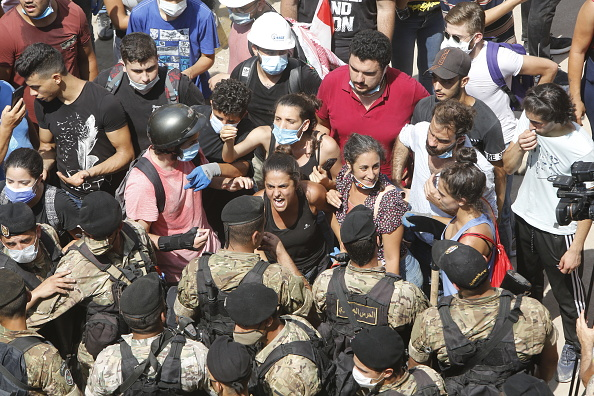 Exploding「Public Anger Grows Over Cause Of Beirut Explosion」:写真・画像(2)[壁紙.com]