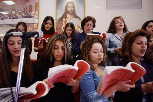 Christianity「Iraqi Chaldeans Pray For Family Members Back Home」:写真・画像(14)[壁紙.com]