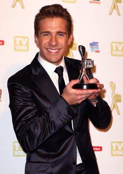 Ryan Pierse「52nd TV Week Logie Awards - Awards Room」:写真・画像(3)[壁紙.com]