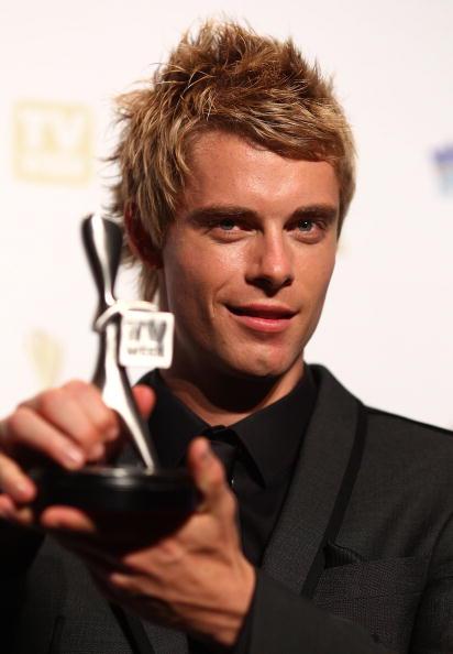 Ryan Pierse「52nd TV Week Logie Awards - Awards Room」:写真・画像(6)[壁紙.com]