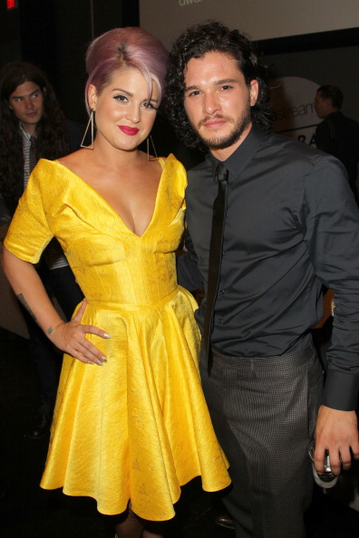 Yellow「2013 Young Hollywood Awards Presented By Crest 3D White, SodaStream And The CW Network - Sponsors」:写真・画像(0)[壁紙.com]