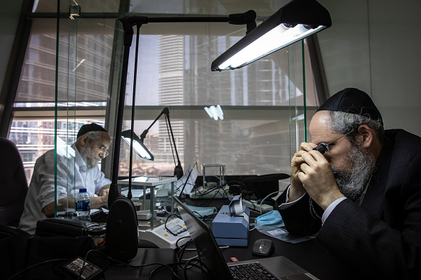 Finance and Economy「Israeli Gem Dealers Join Dubai Diamond Exchange」:写真・画像(16)[壁紙.com]