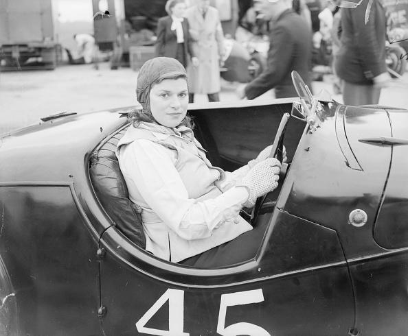 Motorsport「At The Wheel」:写真・画像(1)[壁紙.com]