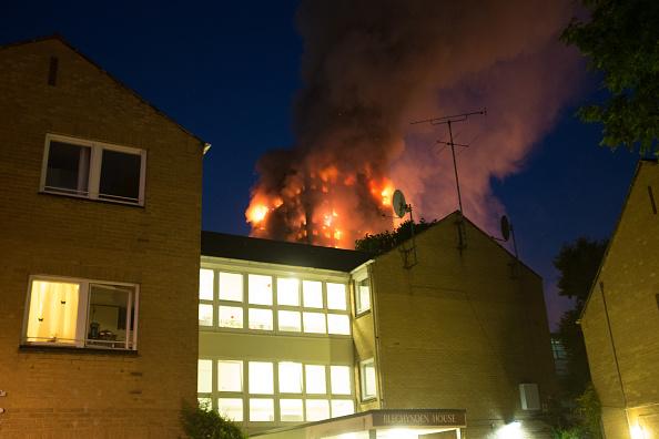 Inferno「Huge Blaze In West London」:写真・画像(17)[壁紙.com]