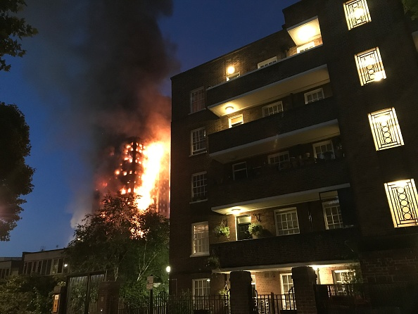 Inferno「24-Storey Grenfell Tower Block On Fire In West London」:写真・画像(16)[壁紙.com]
