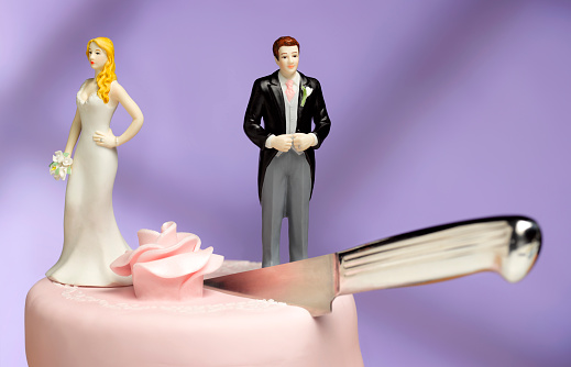 Married「Wedding couple Divorce」:スマホ壁紙(14)