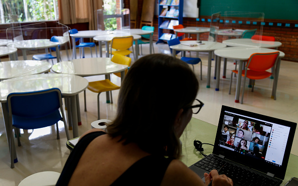 Internet「Santa Maria School Adopts Preventive Measures Against the Coronavirus as Classes Resume (COVID - 19) Amidst the Pandemic」:写真・画像(19)[壁紙.com]