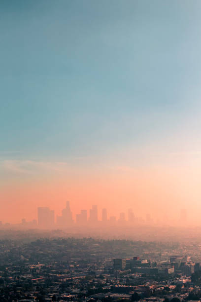 USA, California, Los Angeles, smog over Los Angeles:スマホ壁紙(壁紙.com)