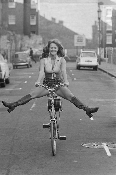 Riding「Carol Cleveland」:写真・画像(19)[壁紙.com]