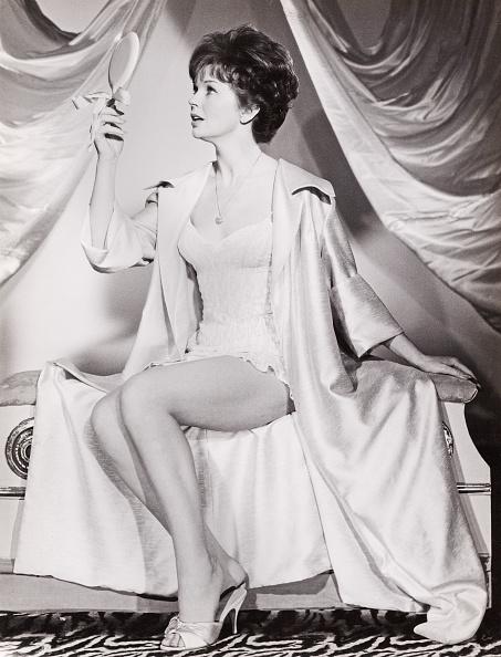 United Archives「Dawn Addams」:写真・画像(5)[壁紙.com]