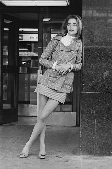 Mini Skirt「Charlotte Rampling」:写真・画像(14)[壁紙.com]