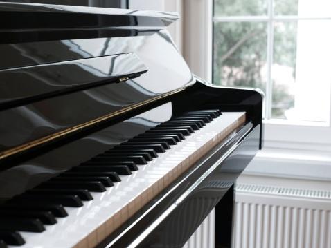 Rock Music「Close piano and keys」:スマホ壁紙(15)