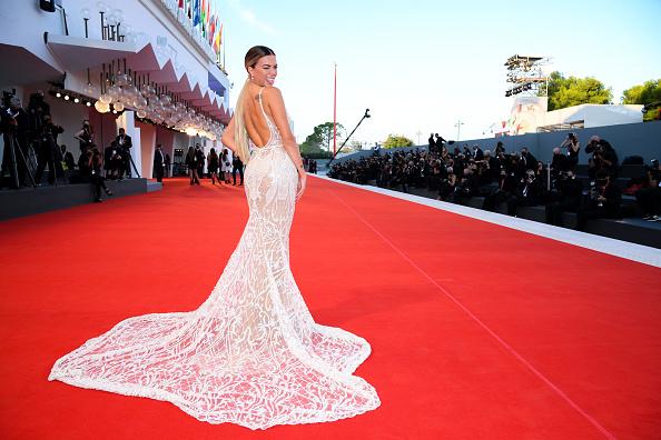 "Venice International Film Festival「""The World To Come"" Red Carpet - The 77th Venice Film Festival」:写真・画像(15)[壁紙.com]"