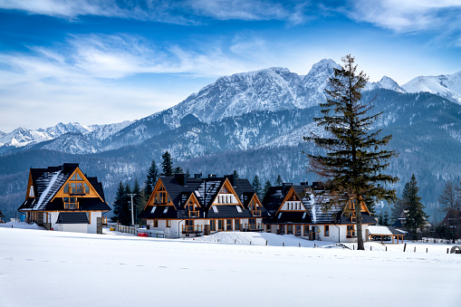 Snowdrift「Koscielisko village in the Tatra Mountains, Poland」:スマホ壁紙(15)