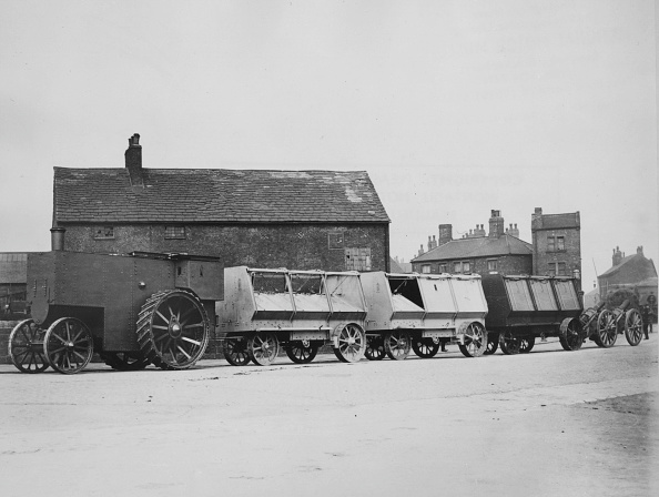 1900「1900 Fowler Armoured Traction Engine With Munitions Wagons. Creator: Unknown.」:写真・画像(4)[壁紙.com]