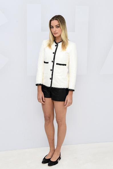 Chanel Jacket「Chanel: Photocall - Paris Fashion Week - Womenswear Spring Summer 2021」:写真・画像(0)[壁紙.com]