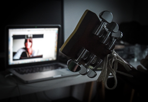 Musical instrument「Freelancers Teach Online Classes For Income During Coronavirus Pandemic」:写真・画像(3)[壁紙.com]