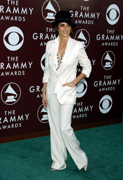 Cream Colored Shoe「The 47th Annual Grammy Awards - Arrivals」:写真・画像(19)[壁紙.com]