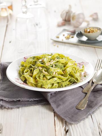 Savory Food「Pasta with green pesto」:スマホ壁紙(12)