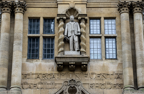 Statue「Students Call For Removal Of Cecil Rhodes Statue From Oriel College」:写真・画像(19)[壁紙.com]