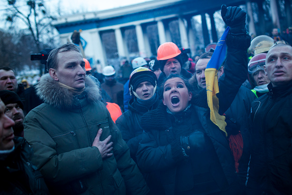 National Anthem「Protests Continue In Kiev As The Opposition Calls For A Snap Election」:写真・画像(8)[壁紙.com]