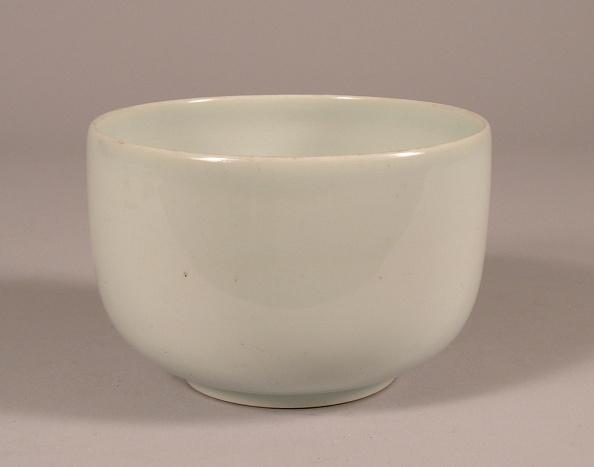 Glazed Food「Pure white Imari porcelain bowl」:写真・画像(19)[壁紙.com]