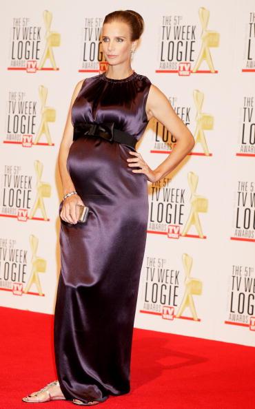 Clutch Bag「51st TV Week Logie Awards - Arrivals」:写真・画像(10)[壁紙.com]
