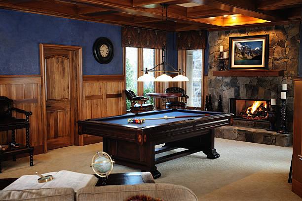 Pool Table in Bonus Room Interior:スマホ壁紙(壁紙.com)