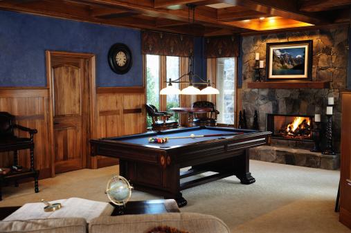 Basement「Pool Table in Bonus Room Interior」:スマホ壁紙(8)