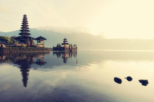 Bali「Floating temple, Bali」:スマホ壁紙(14)