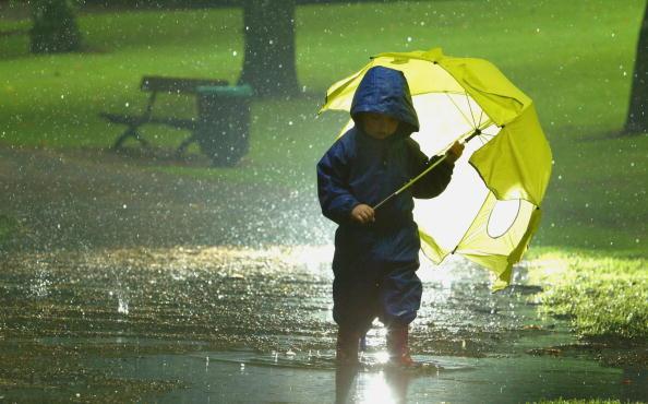 Shower「Atlantic Storms Bring Consecutive Days Of Torrential Rain To Scotland」:写真・画像(8)[壁紙.com]
