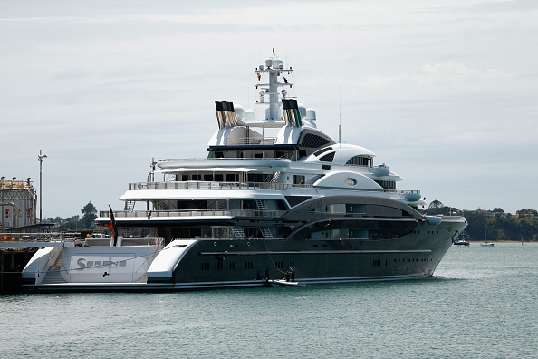 平穏「Superyacht Arrives In New Zealand」:写真・画像(1)[壁紙.com]