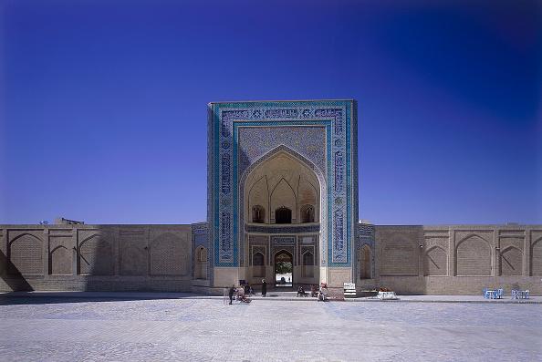 Bukhara「Mir-i-arab Madrassah islamic school. Bukhara, Uzbekistan.」:写真・画像(9)[壁紙.com]